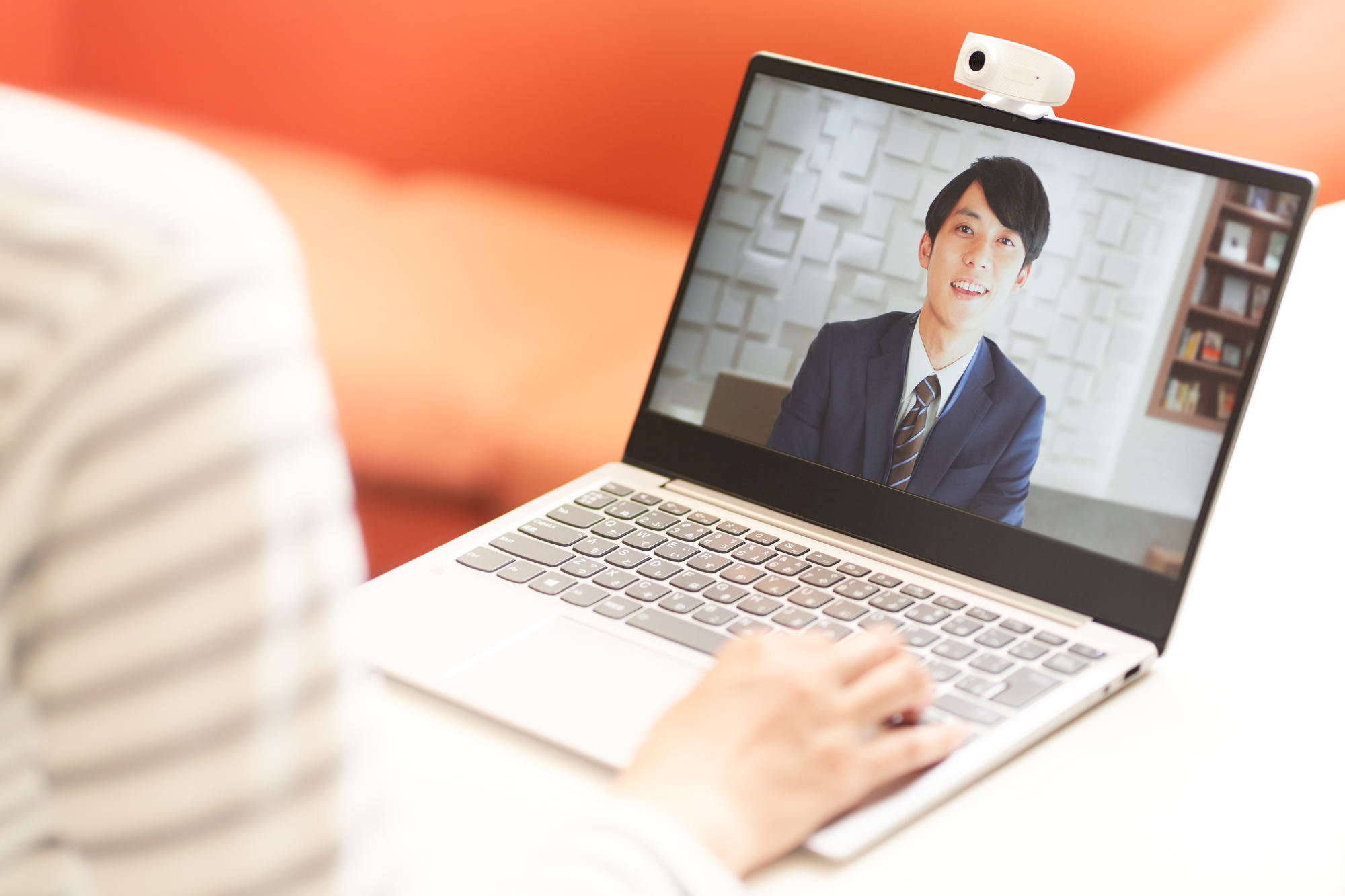 で 方法 windows10 無料 dvd 見る を パソコン