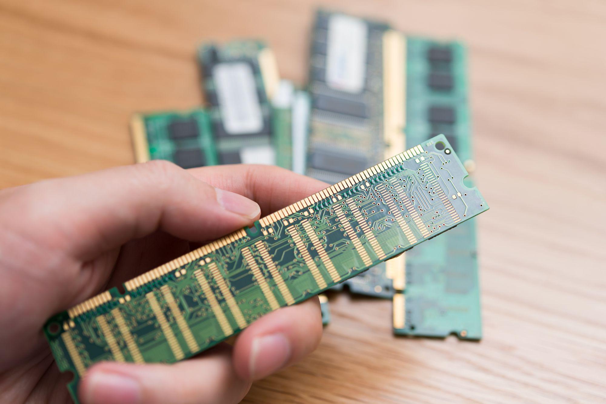 9.パソコンのメモリ不足の原因と解消方法(Windows10)_22769452_M_compressed